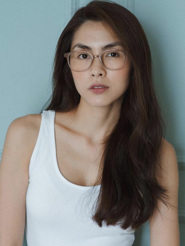 'Đào' lại ảnh của Hà Tăng năm 17 tuổi: Xứng danh ngọc nữ đẹp và thần thái, tóc ngắn cá tính ngời ngời khí chất đại mỹ nhân - ảnh 3
