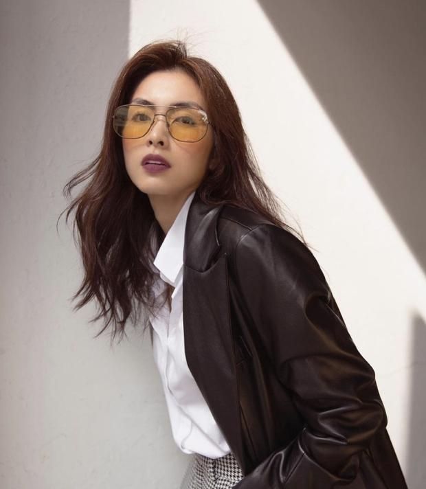 'Đào' lại ảnh của Hà Tăng năm 17 tuổi: Xứng danh ngọc nữ đẹp và thần thái, tóc ngắn cá tính ngời ngời khí chất đại mỹ nhân - ảnh 4