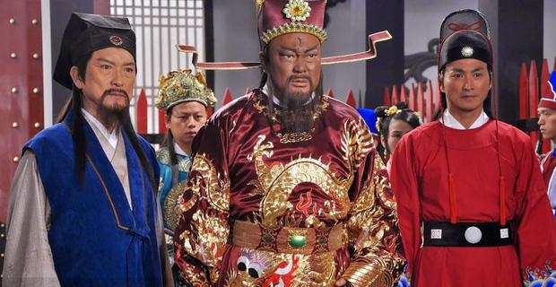 Đến phủ Khai Phong tham quan, du khách bất ngờ bị quân lính gông cổ đem đi xử tội vì lý do không ngờ - Ảnh 6.