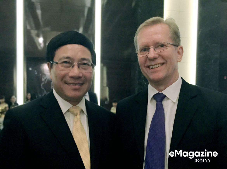 Bộ Âu phục đi mượn của ông Nguyễn Cơ Thạch và cuộc phỏng vấn sau màn thoát hiểm trước đạn pháo Trung Quốc - Ảnh 19.