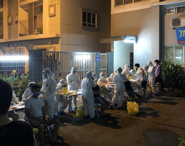 Bác sĩ chống dịch ở Bắc Ninh: Chúng tôi quên mất hôm nay là thứ mấy - Ảnh 2.