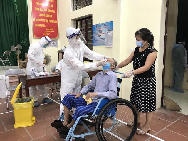 Bác sĩ chống dịch ở Bắc Ninh: Chúng tôi quên mất hôm nay là thứ mấy - Ảnh 7.