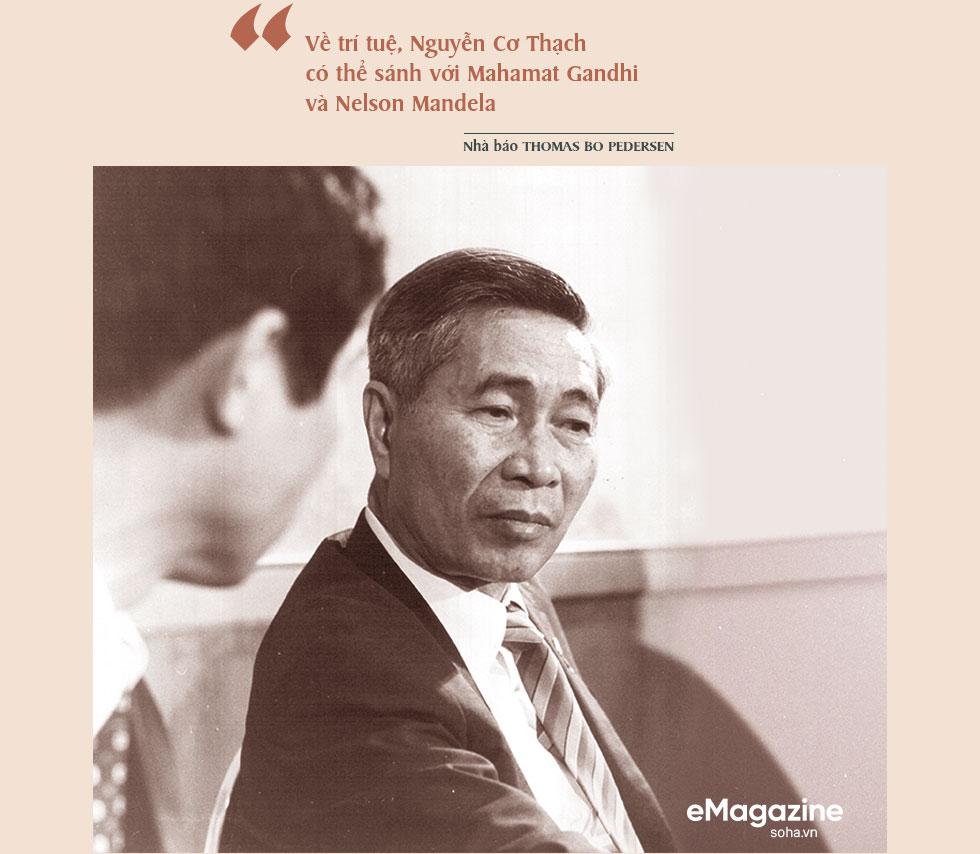 Bộ Âu phục đi mượn của ông Nguyễn Cơ Thạch và cuộc phỏng vấn sau màn thoát hiểm trước đạn pháo Trung Quốc - Ảnh 21.