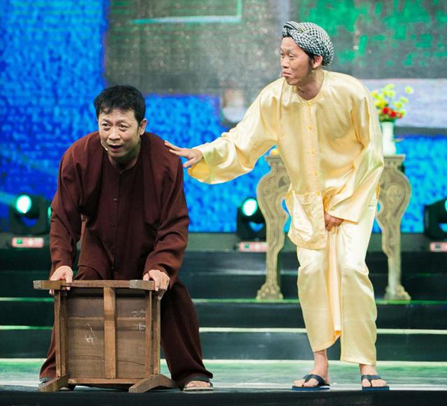Đêm diễn định mệnh của Hoài Linh và lòng biết ơn của nam danh hài với vợ cũ Bằng Kiều - Ảnh 3.