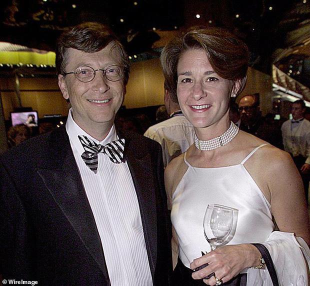 Tỷ phú Bill Gates bị cáo buộc ngoại tình với nhân viên trong nhiều năm, từng bị điều tra đến mức phải rời Microsoft do chính mình sáng lập? - Ảnh 2.