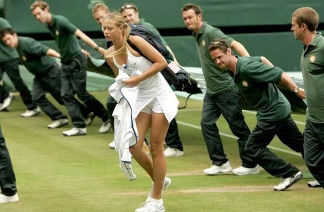 Hài hước khi chộp được những khoảnh khắc oái oăm trong thể thao - Ảnh 1.