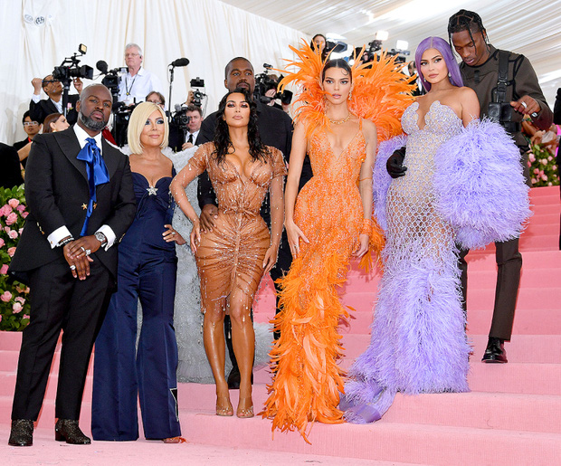 Kanye West gây sốc khi gọi Kim Kardashian là người vợ tệ chưa từng có, thừa nhận thời gian sống chung là địa ngục? - Ảnh 3.