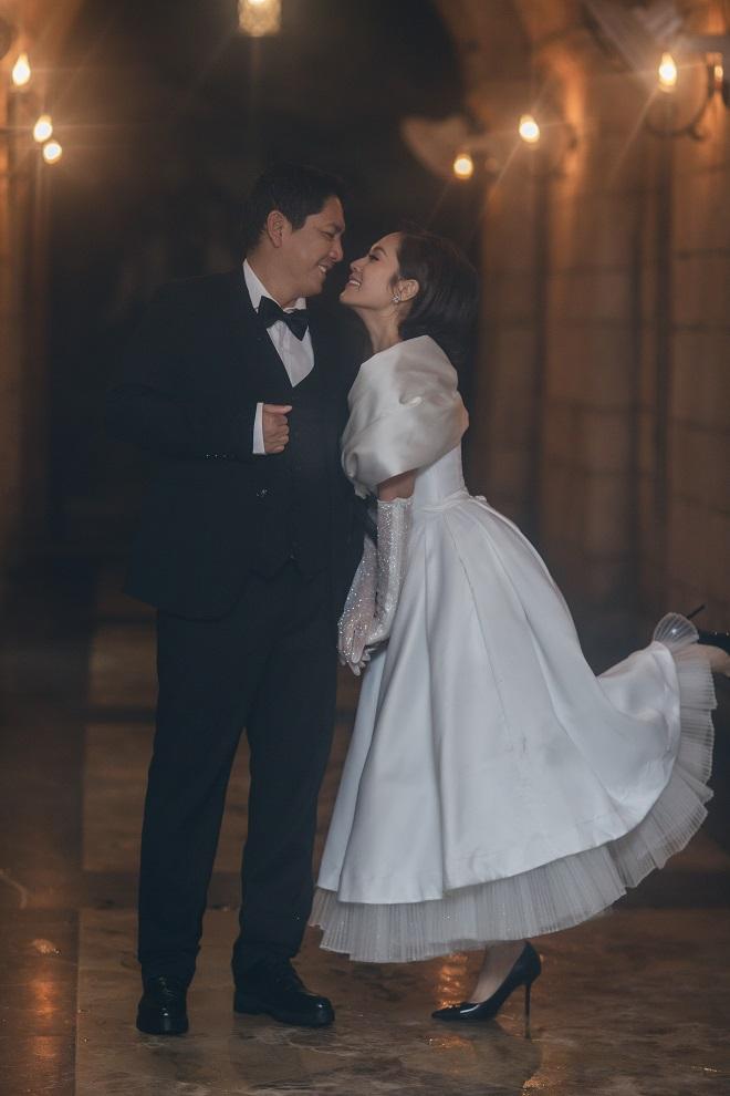 Đăng ảnh kỷ niệm 13 năm ngày cưới, Đức Thịnh: Dễ gì em bỏ được anh - Ảnh 8.