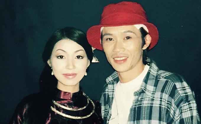 Ca sĩ Hà My tuyên bố: Tôi là vợ Hoài Linh, có tư cách nói chuyện với bà Phương Hằng thay chồng