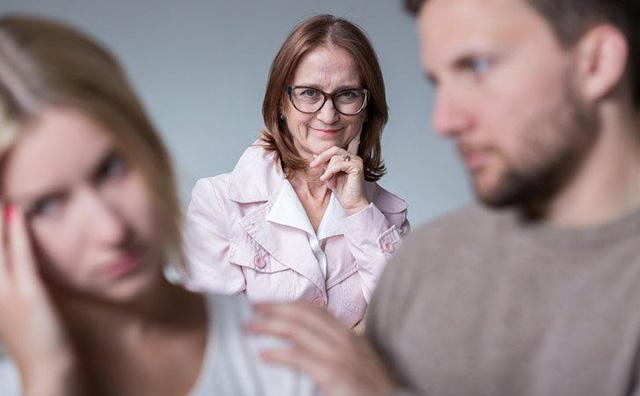 Những thói quen tệ hại hủy hoại hôn nhân hơn cả việc ngoại tình - Ảnh 3.