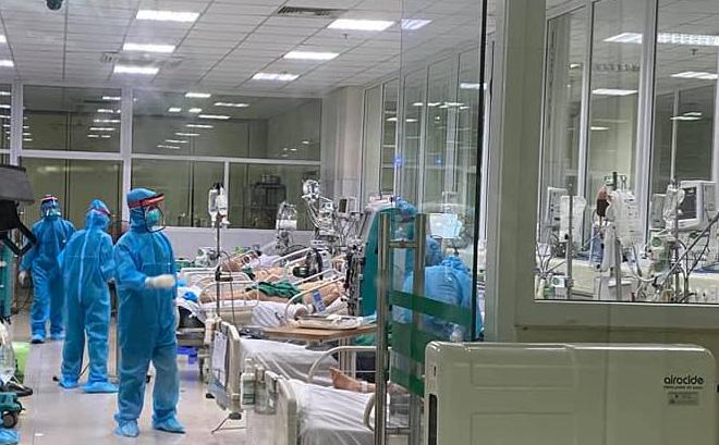 Bác sĩ 37 tuổi mắc Covid-19 diễn biến nặng
