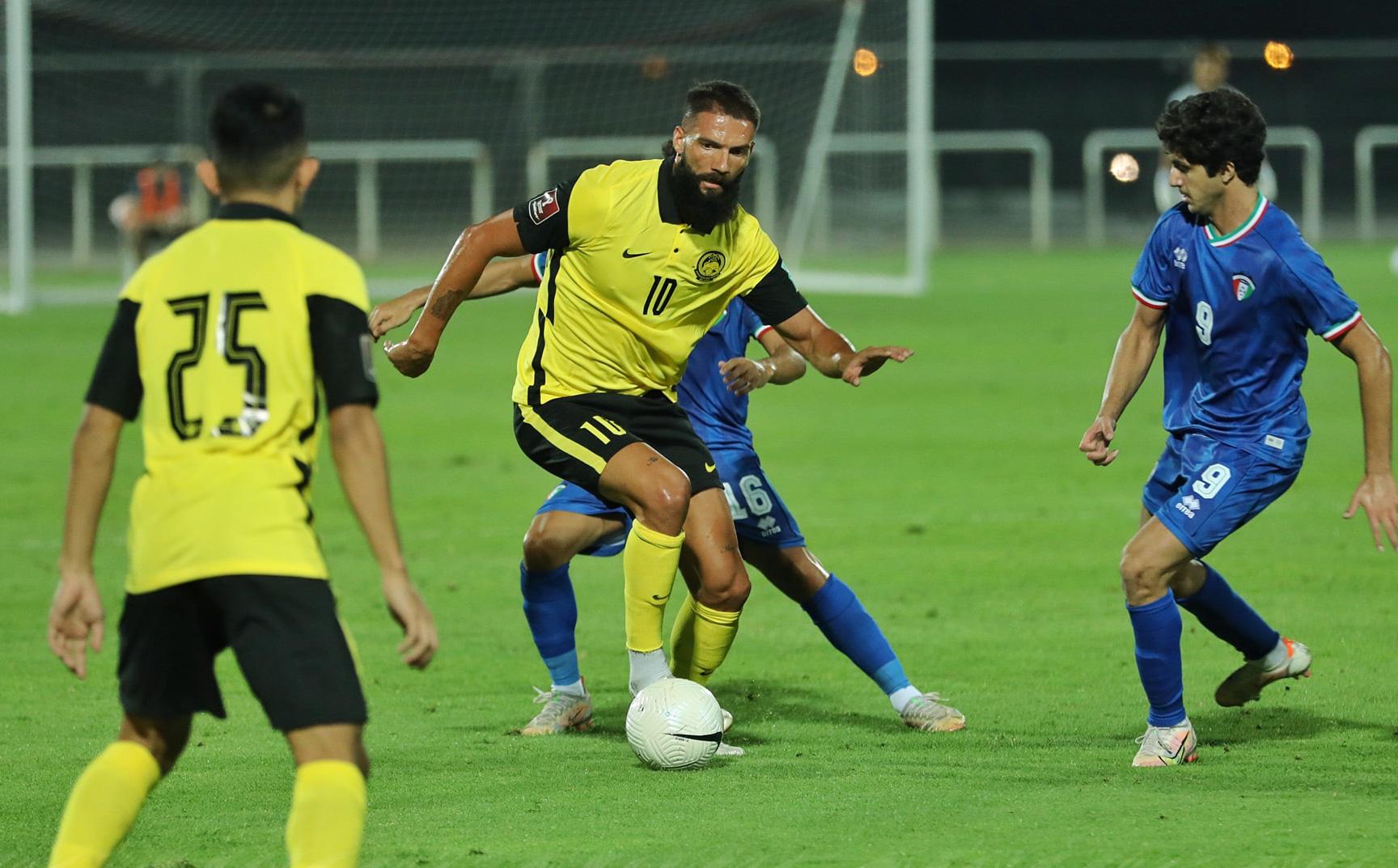 Dùng 4 ngôi sao nhập tịch, ĐT Malaysia vẫn thua tơi tả trước
