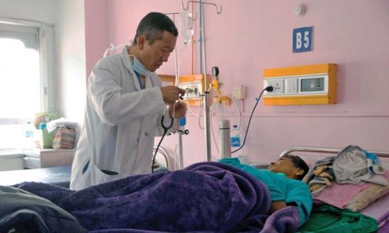 Khi Thủ tướng là Bác sĩ: Láng giềng Ấn Độ có thành tích chống dịch đáng nể, siêu thần tốc tiêm vắc xin cho 85% dân số chỉ trong 9 ngày - Ảnh 9.