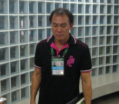 Nóng: Đội bóng ở Việt Nam đàm phán chiêu mộ HLV người Thái Lan sau hiệu ứng Kiatisuk - Ảnh 1.