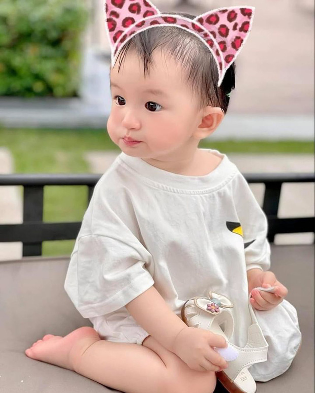 Bị netizen nói đẻ con gái sau này con rể ăn hết, nữ đại gia có căn biệt thự gần 200 tỷ đáp trả căng đét - Ảnh 3.