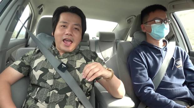 Khoa Pug bất ngờ tiết lộ người mới sau khi chia tay cameraman cũ: Là MasterChef của một nhà hàng Việt tại Mỹ? - Ảnh 1.