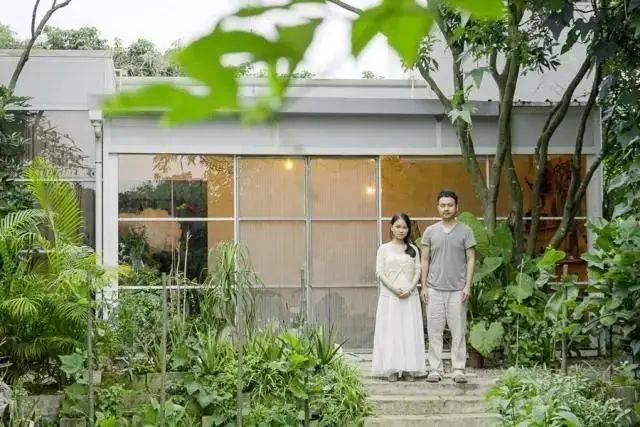 Đôi vợ chồng mới cưới sống ẩn dật trên núi, xây nhà rộng 300m2: Cuộc sống không xã giao, thật tuyệt! - Ảnh 3.