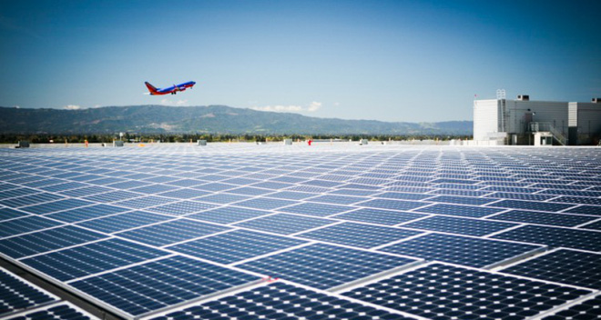 Tại sao không biến sân bay thành một trang trại điện mặt trời khổng lồ? - Ảnh 1.