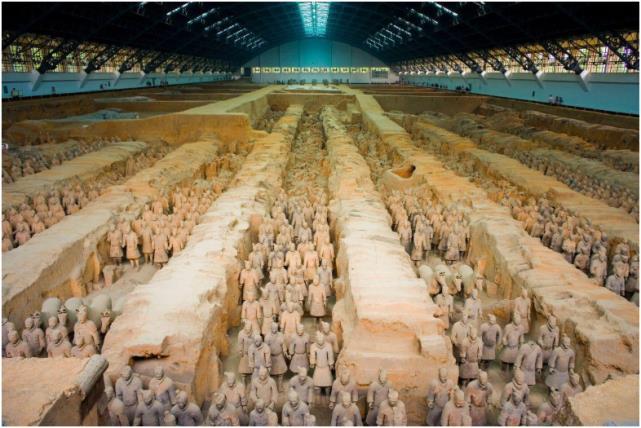 Ba lăng mộ bất khả xâm phạm ở Trung Quốc: 1 mộ không ai dám đào, 1 mộ không thể đào được, mộ cuối cùng được bảo vệ bởi những con thú - Ảnh 1.