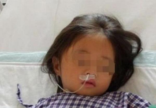 Con gái 7 tuổi nhập viện, mê sảng liên tục nhắc đến chiếc máy giặt, bà mẹ sốc khi phát hiện bí mật đáng sợ - Ảnh 2.