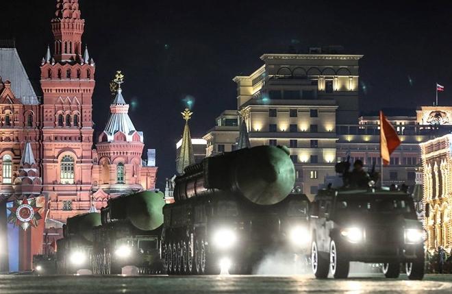 76 máy bay quân sự xếp đội hình trên Quảng trường Đỏ - ảnh 2