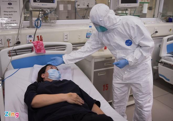 Ổ dịch BV Bệnh Nhiệt đới TƯ có tổng 42 ca dương tính tại 16 tỉnh, thành; Phát hiện 11 ca dương tính, Bắc Ninh kêu gọi người dân không ra khỏi nhà - Ảnh 1.