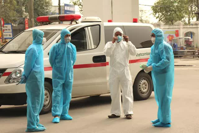 Chiều nay, Bộ Y tế ghi nhận thêm 56 ca mắc Covid-19 trong cộng đồng; Ca dương tính mới nhất ở Hải Dương đã tới chùa Tam Chúc - Ảnh 2.