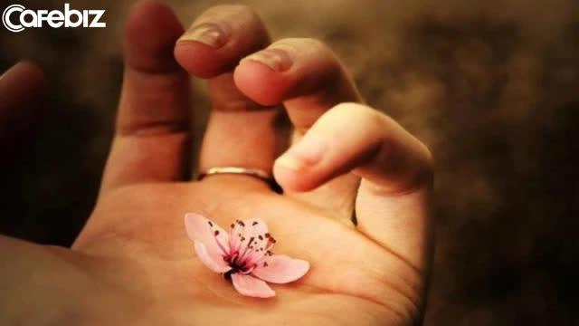 Đạo làm người: Lương tâm là nền móng, không có thì nhà sẽ sụp; đức hạnh như gốc rễ, không có cây sẽ gục mòn - Ảnh 6.