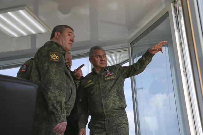 NATO tuyên bố số đơn vị Nga uy hiếp Ukraine còn nhiều hơn trước: Phá mốc 15 vạn quân? - Ảnh 2.