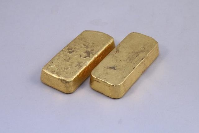 Sang nhà ông bà tránh Covid-19, cháu ngoại nhặt được vàng tiền tỷ - Ảnh 2.
