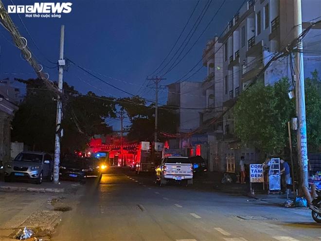 Danh tính 8 người chết trong vụ cháy kinh hoàng ở TP. HCM, có nhiều nạn nhân nhỏ tuổi - Ảnh 1.