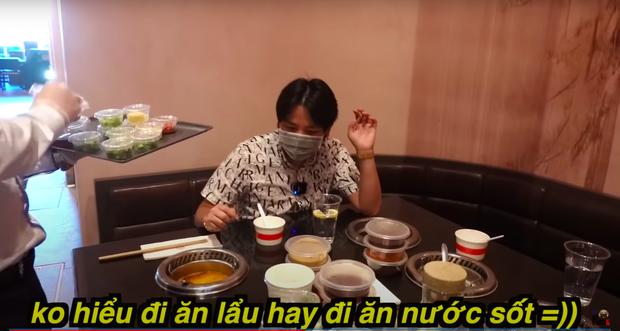 """Khoa Pug review ăn lẩu Haidilao trong mùa dịch tại Mỹ, hé lộ loạt điểm khác biệt so với Việt Nam: Nhiều người sẽ rất """"khó chịu"""" ở điểm này - Ảnh 9."""