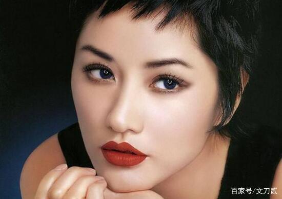 Siêu mẫu số 1 xứ tỷ dân Trung Quốc khốn khổ vì yêu chồng Vương Phi, bị tình cũ Cao Viên Viên phản bội và cái kết buồn tuổi 50 - Ảnh 1.