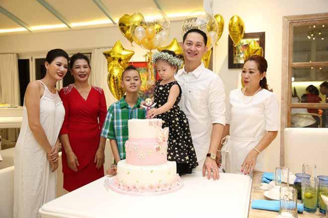 Danh tính chồng Việt kiều điềm đạm, ít khi lộ diện của Trang Trần - Ảnh 5.