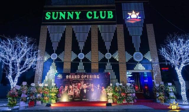 Cả nước thêm 87 ca mắc mới; Chủ tịch tỉnh Vĩnh Phúc thông tin chính thức vụ clip nóng nghi ở quán bar Sunny - Ảnh 1.