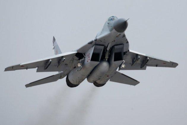 Tấn công bằng tên lửa, Nga đánh chặn ngoạn mục, Israel ngậm trái đắng - Ảnh 2.