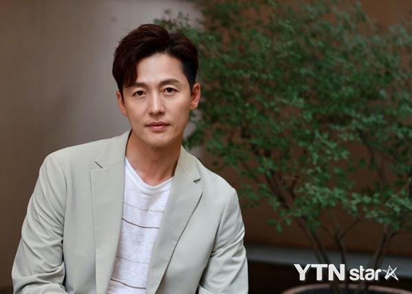 Tình duyên của dàn sao Chuyện Tình Harvard: Nam chính nhảy sông tự tử, nam phụ chia tay người yêu vì... Kim Tae Hee - ảnh 14