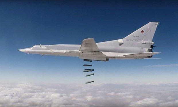 Bí ẩn lý do Nga vội rút máy bay ném bom Tu-22M3 khỏi Syria sau vài ngày hạ cánh - Ảnh 2.