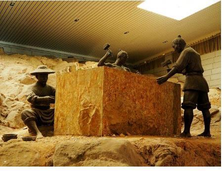 30 chuyên gia khảo cổ không cách nào tìm ra danh tính chủ mộ; một người nông dân cao giọng: Tôi biết! - Ảnh 2.