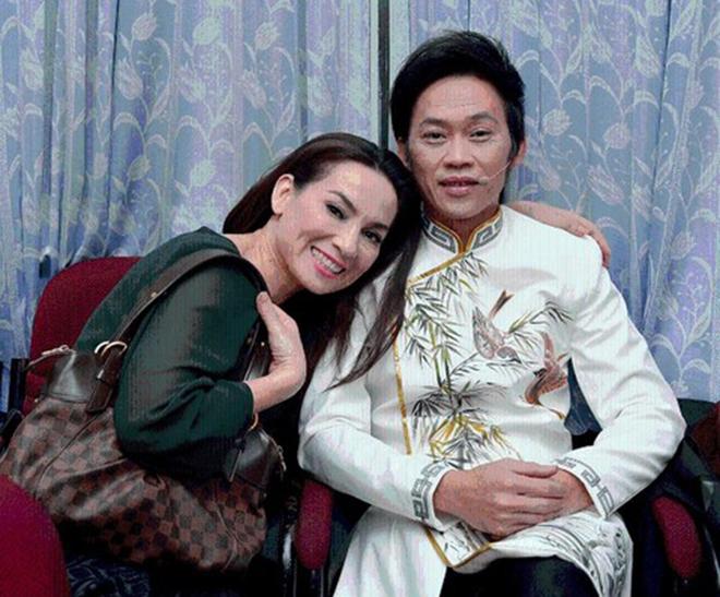 Sang tận nhà xin cưới và bí mật về mối quan hệ của Phi Nhung - Hoài Linh - Ảnh 3.