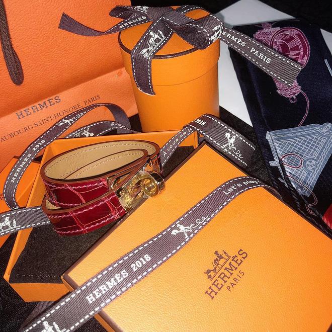 Choáng với BST hàng hiệu siêu khủng của rich kid 2k lái Ferrari đi học: Hermes, Dior, Chanel... đủ cả! - Ảnh 11.