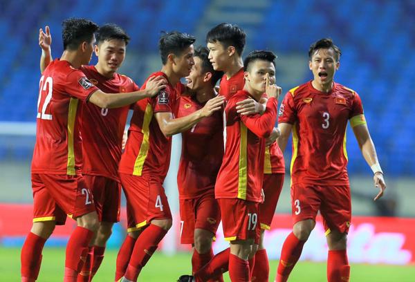 Trước trận Việt Nam - Malaysia: Trái tim đỏ lửa - Ảnh 2.