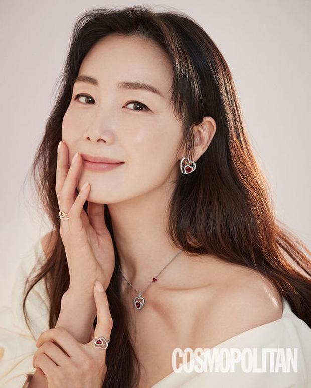 Chưa hết biến: Choi Ji Woo bị tố cặp kè chủ tịch, tẩy trắng cho chồng từ trai bao thành CEO nhưng lại bị cắm sừng? - Ảnh 3.