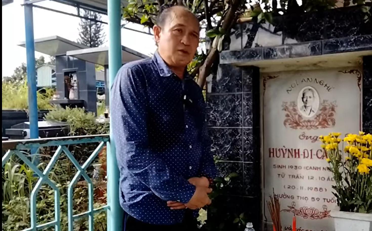 Nghệ sĩ Duy Phương khó khăn, kêu gọi khán giả chuyển tiền, hỗ trợ mình