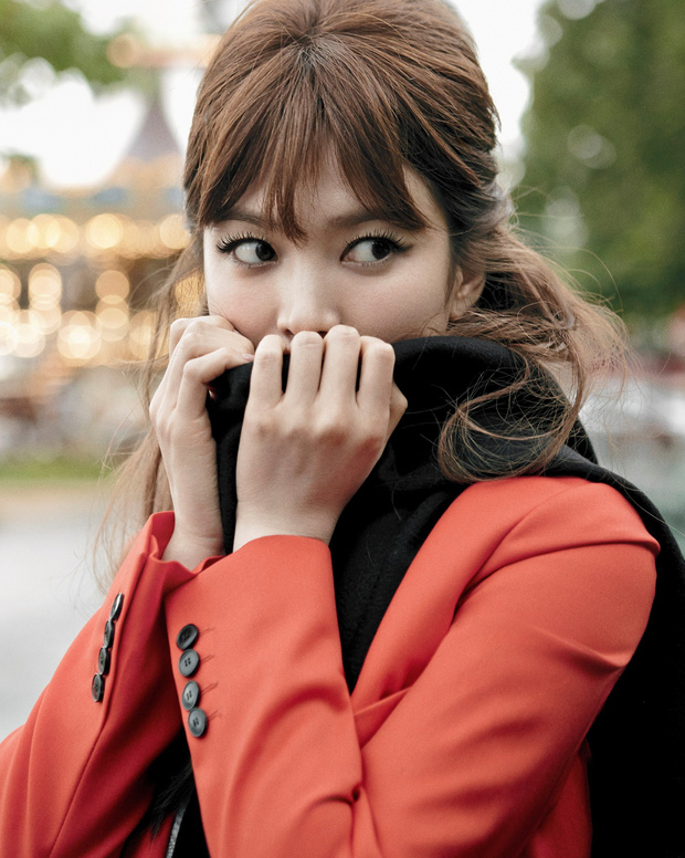 Tuyển tập phốt chấn động của Song Hye Kyo: Từ đại gia bao nuôi đến ngoại tình với bạn của chồng, sốc nhất lần cúi gập xin lỗi - Ảnh 1.