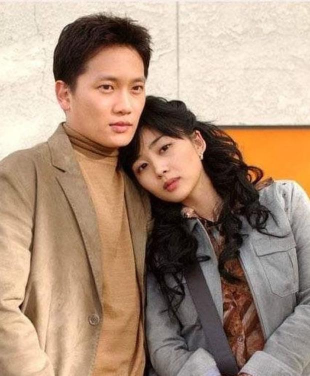 """""""Mợ út tài phiệt của Mine"""" Lee Bo Young: Hoa hậu bị gán mác tiểu tam, cự tuyệt tài tử Ji Sung rồi lại cùng chàng có kết đẹp như cổ tích - ảnh 11"""