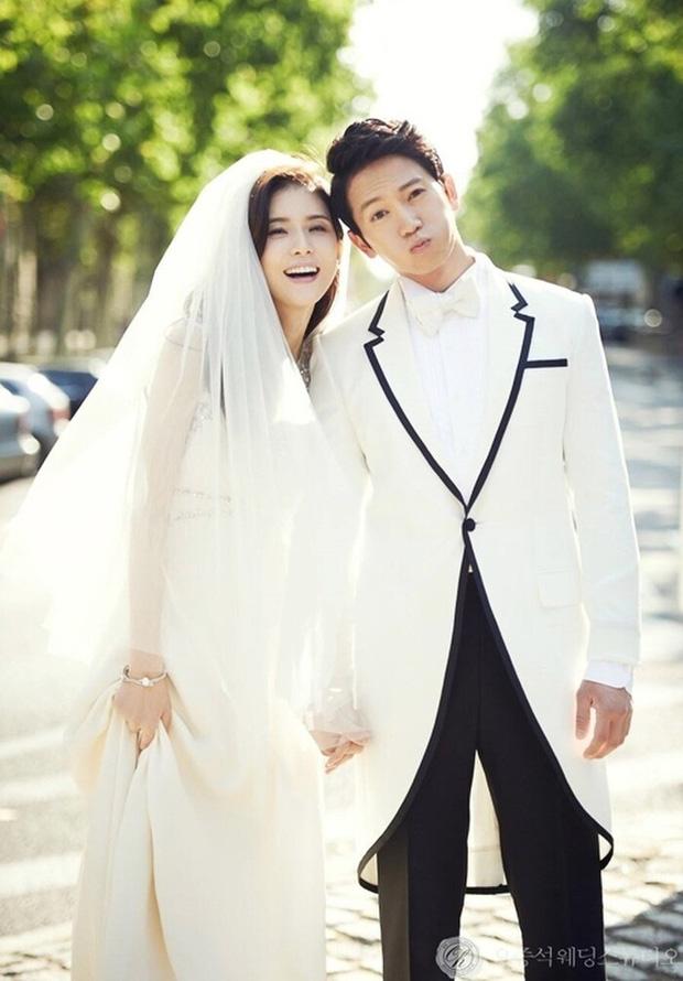 """""""Mợ út tài phiệt của Mine"""" Lee Bo Young: Hoa hậu bị gán mác tiểu tam, cự tuyệt tài tử Ji Sung rồi lại cùng chàng có kết đẹp như cổ tích - ảnh 17"""