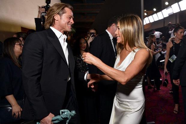 Hôn nhân đầu tiên của Brad Pitt: Tỏ tình trên thảm đỏ rồi toang vì tiểu tam Angelina, từ thù thành bạn với vợ cũ sau 15 năm - Ảnh 10.