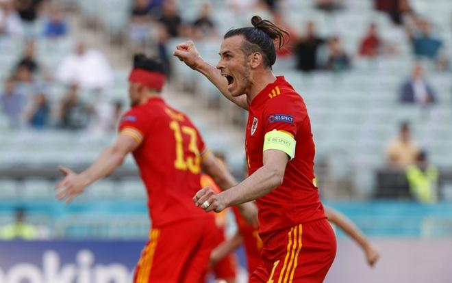 Thủ môn Thụy Sĩ cứu thua như Tấn Trường, Gareth Bale hú vía trong ngày ra quân ở Euro 2020 - Ảnh 5.