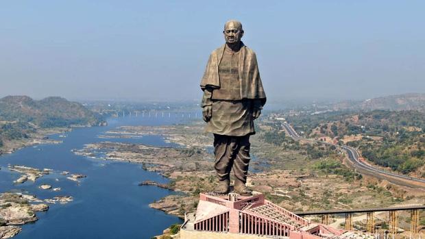16 thứ độc nhất vô nhị chỉ có thể bắt gặp tại đất nước tỷ dân Ấn Độ: Từ bức tượng cao nhất thế giới đến Đồi Nam Châm hút xe lên dốc - Ảnh 13.
